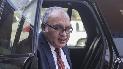 Arrest warrant issued for former PNG prime minister Peter O'Neill