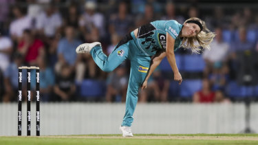 Jemma Barsby bowls during the Women's Big Bash League (WBBL) match between the Brisbane Heat and the Adelaide on January 5.