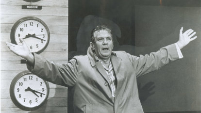 From the Archives, 1977: Australian actor Peter Finch dies