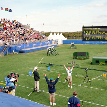 Simon Fairweather secures Australia's first and only gold medal in archery.