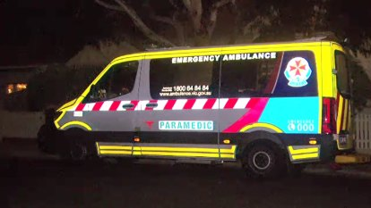 Paramedics accuse triple 0 system of being 'asleep at the wheel'