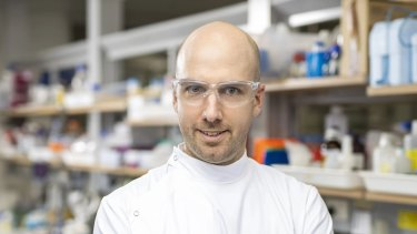 UQ researcher Professor Daniel Watterson has been awarded one of the two annual CSL Centenary Fellowships.