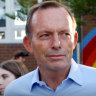 Voters 'want a plan for net zero', say Liberals trying to win back Tony Abbott's former electorate