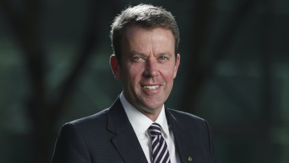 Tertiary review could see students mix and match uni and vocational education