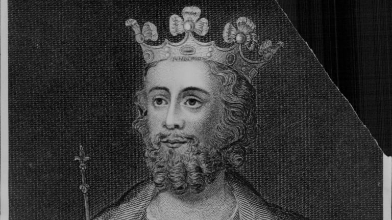 Edward II had a very close relationship with two men.