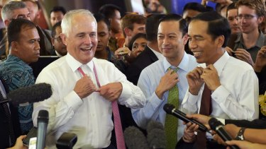 Then prime minister Malcolm Turnbull, Trade Minister Tom Lembong and Indonesian President Joko Widodo in November 2015. The two men invested considerable political effort in the trade deal between their countries.