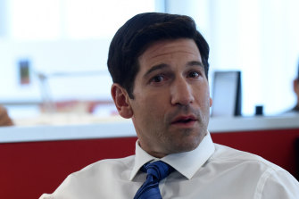 """Jon Bernthal in the """"Moment of Silence"""" episode of The Premise."""