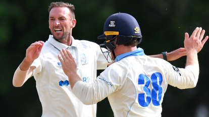Blues bound for decider after running through Redbacks