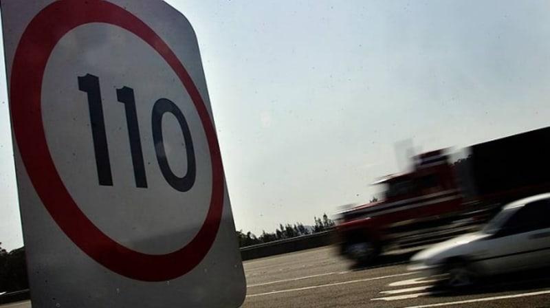 'Huge travel risk': Police, TAC slam Princes Highway 110km/h speed limit proposal
