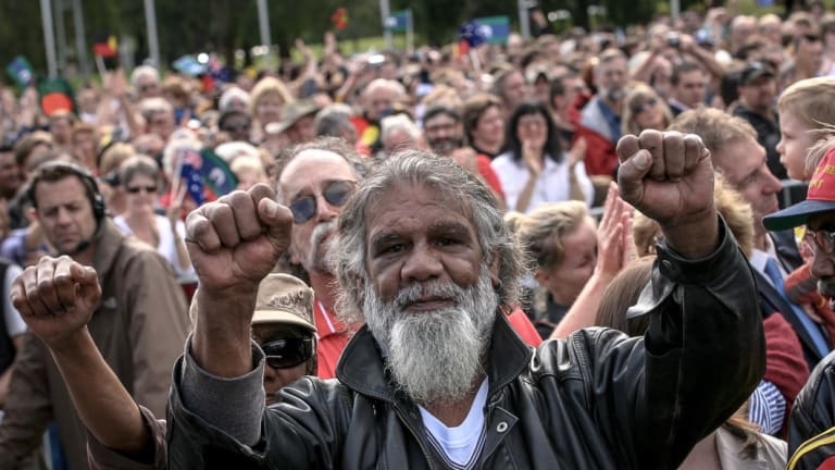 Crowds of people gathered on the lawns in front of Old Parliament House to listen to  Kevin Rudd's apology speech.