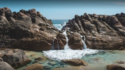 Little hope of finding woman alive after she was swept off rocks in WA's South West