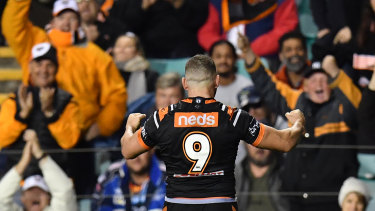 Robbie swansong ... More than 18,000 fans will see Robbie Farah farewell his beloved Leichhardt Oval.