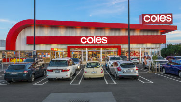 Coles is banning plastic bags.