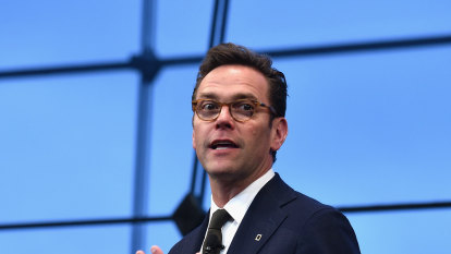 James Murdoch makes statement in the style of his dramatic departure