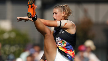 The image which triggered the trolling, and the huge backlash against sexism in the footy community.
