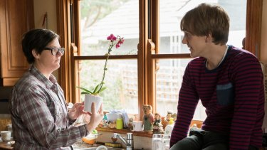 Hannah Gadsby and Josh Thomas in Please Like Me.