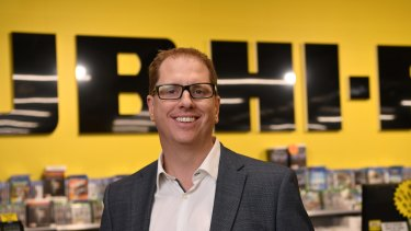 JB Hi-Fi CEO Richard Murray has flagged volatility in the year ahead.