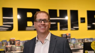 JB Hi-Fi CEO Richard Murray has flagged volatility in the year ahead.