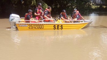 SES assisting residents in the flooded Shire of Hinchinbrook.