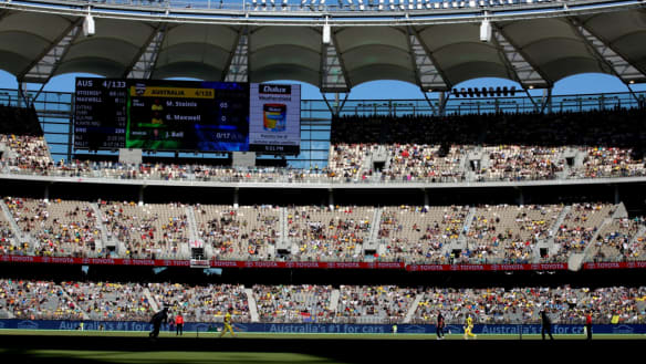 Cricket fans to sizzle, crowds fizzle for inaugural Perth Stadium Test