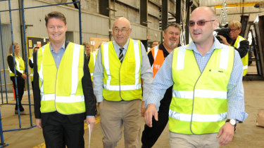 David Gooley (right)  with Victorian Industry and Employment Minister Ben Carroll (left).
