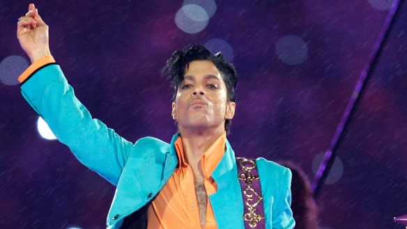 Friends grew alarmed as Prince's health failed according to investigators
