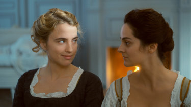Adele Haenel and Noemie Merlant in Portrait of a Lady on Fire.