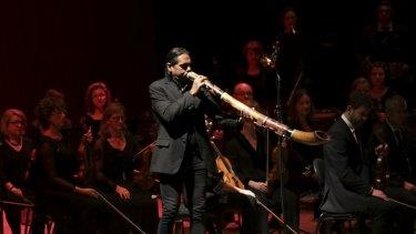 William Barton playing the didgeridoo.