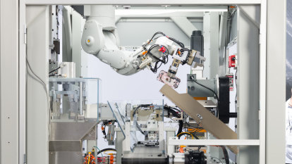Apple ups phone recycling with 'Daisy' robot but still relies on mines