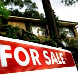 Melbourne property prices 'face 20 per cent drop': AMP