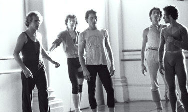 Jonathan Taylor (far left) in the Australian Dance Theatre studios with dancers Glen Murray, Don Secomb, John Salisbury and Robert Canning c1985.