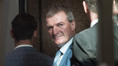Darren Weir's lawyers call on magistrate to drop conspiracy charge