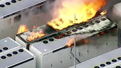 Fire breaks out at Tesla Big Battery; toxic smoke warning issued