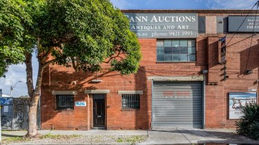 Teska Carson received 12 offers for 426 Burnley Street in  North Richmond.