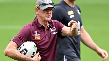 Coach Wayne Bennett gives directions during a Queensland Maroons State of Origin training session at Cbus Super Stadium on October 27.