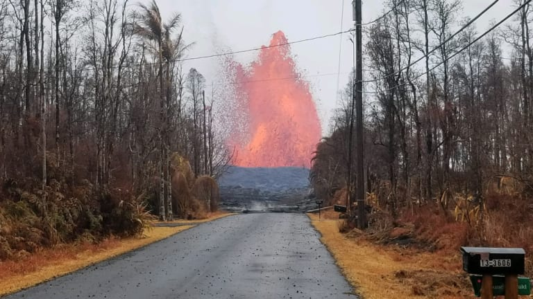 The massive fissure on Kilauea volcano just 500 metres from Helena Brandfors' house.