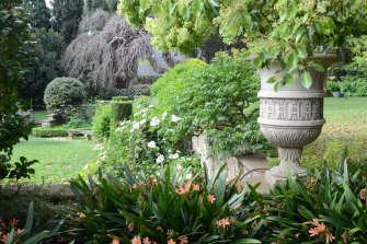 Cranlana, a rare Arts and Crafts era garden.
