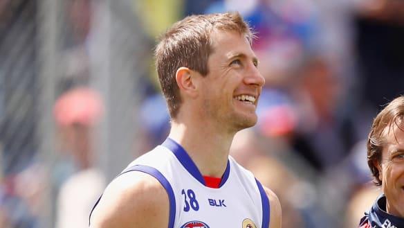 AFL injury wrap: Bulldogs get three key men back, Murphy fit again