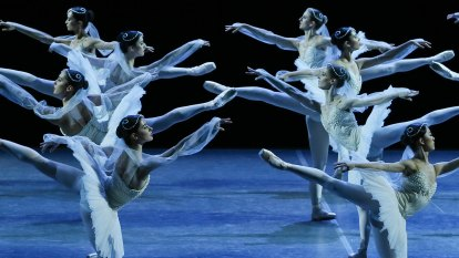 A mass entrance of ghostly maidens opens a ballet delight