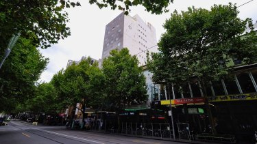 A mega-sized 305 sq m display will light up wall of the CGI Business Centre at 231 Swanston Street.