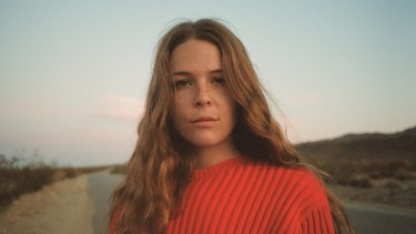 """Maggie Rogers celebrated her """"banjo girl"""" origins and powered through hits packed with electro currents."""