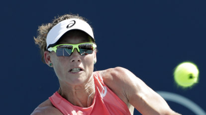 Stosur back for Australia's Fed Cup semi-final