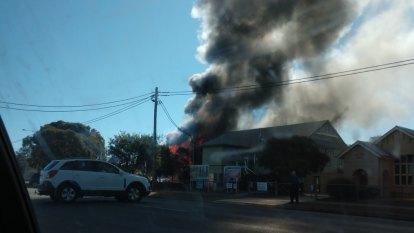 Students evacuate as heritage-listed Queensland school burns