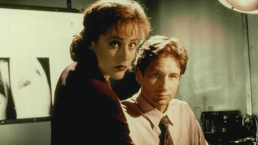 Agents Scully and Mulder in a 1995 scene from The X-Files.