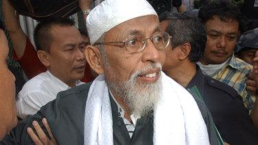 Militant Muslim cleric Abu Bakar Bashir in 2004.