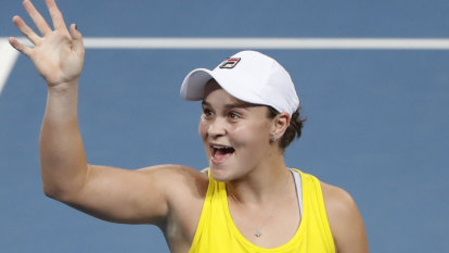 Barty draws high praise from Goolagong Cawley as she levels Cup semi