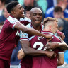 West Ham snatch win with late header against Everton