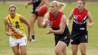Hannah Mouncey playing in the VFLW competition.