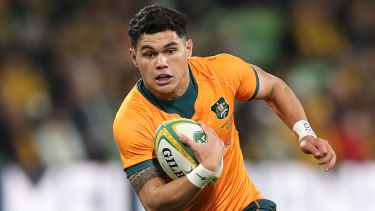 Noah Lolesio will again start at No.10 in the third Test against France.