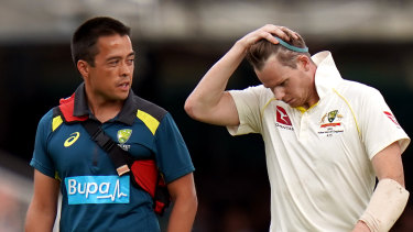 Team doctor Richard Saw (left) will make the final call on Smith's possible inclusion for the third Test.